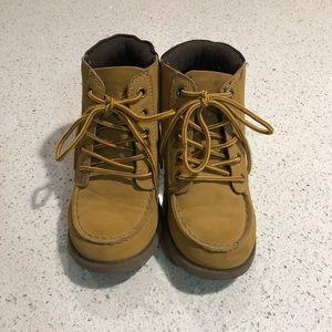 Children's place boys boots size 12